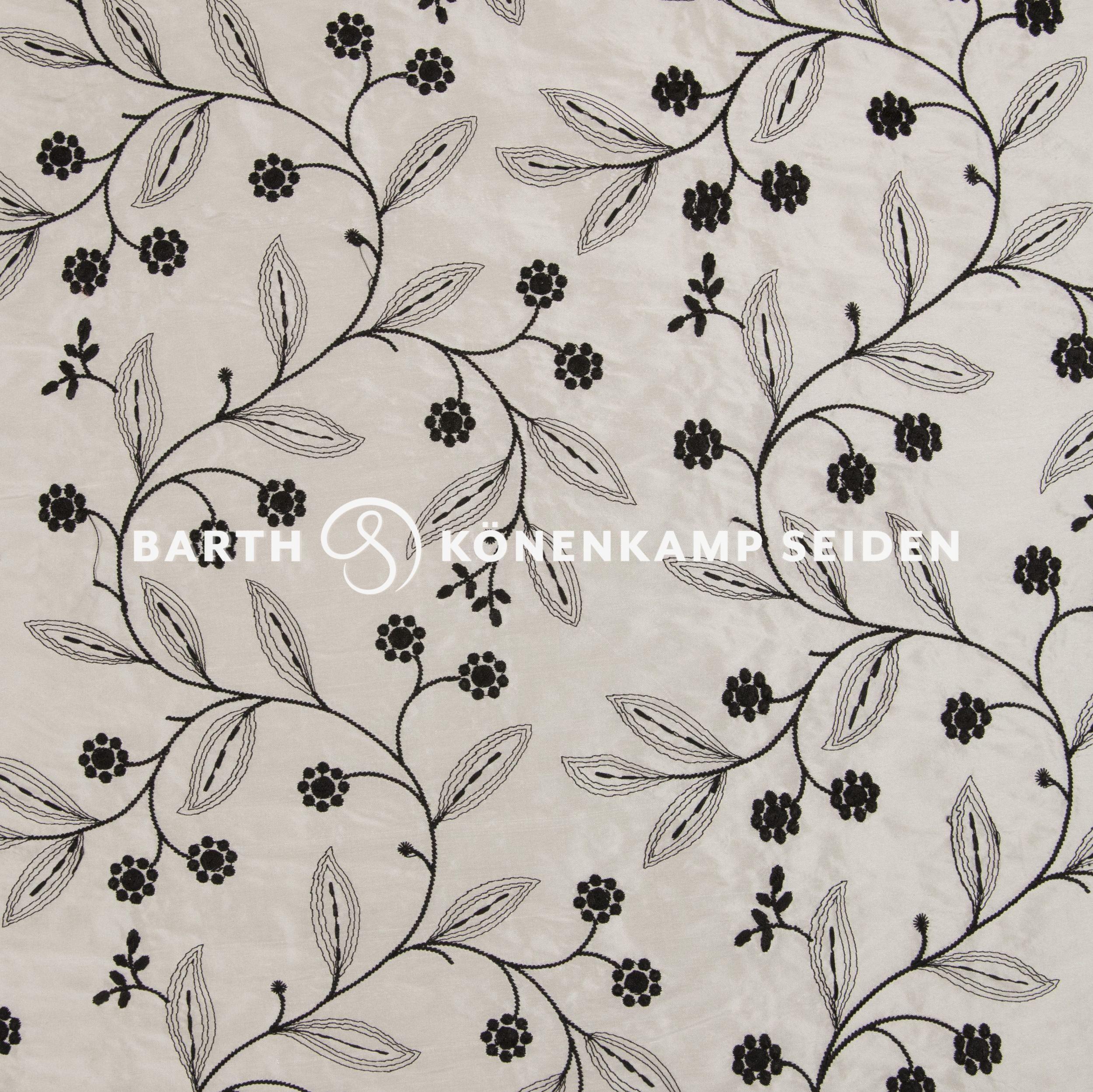 3065M-108 / Doupion silk Doupion silk with ornate embroidery