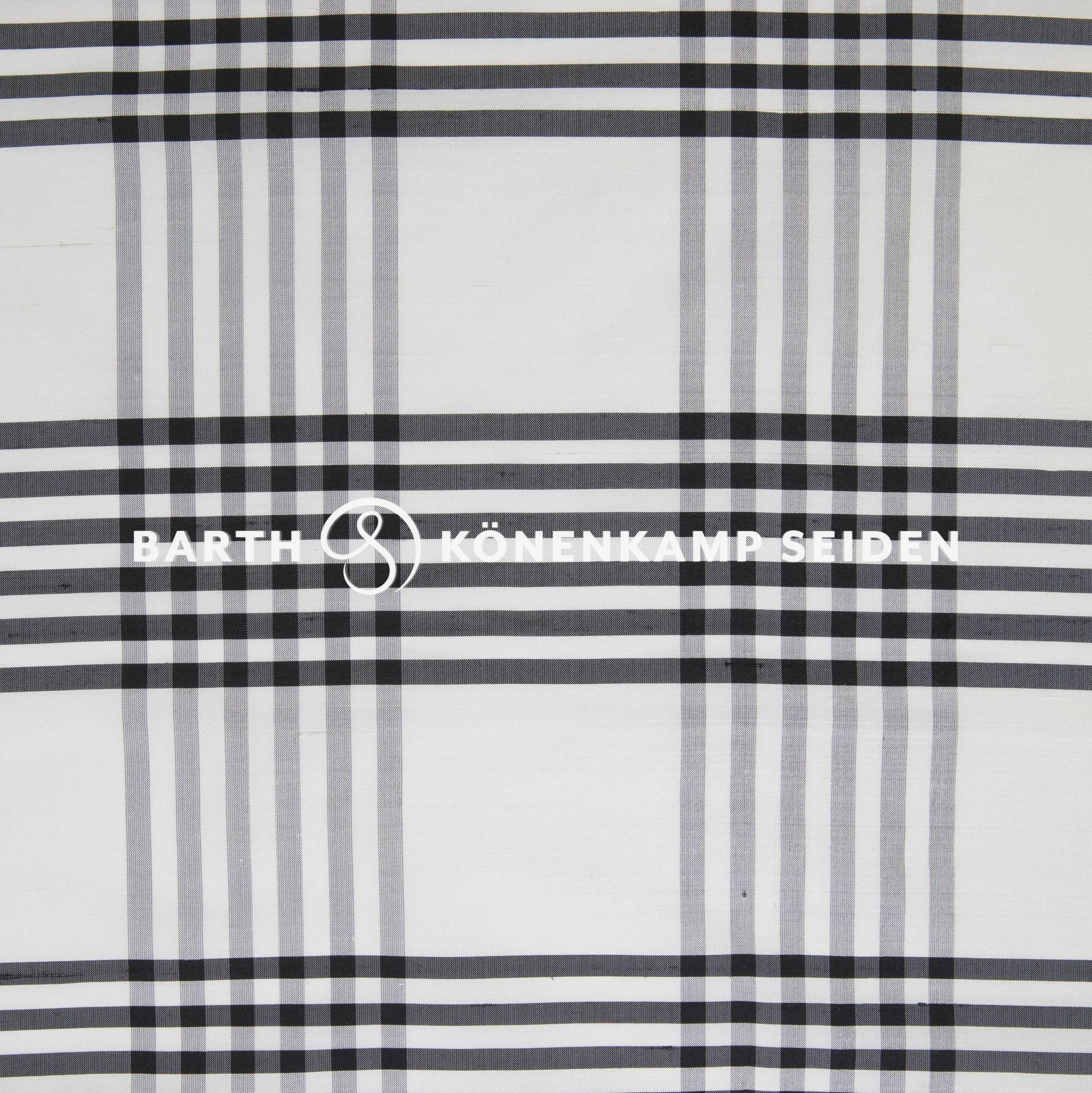 3090B-120 / Doupion silk checked