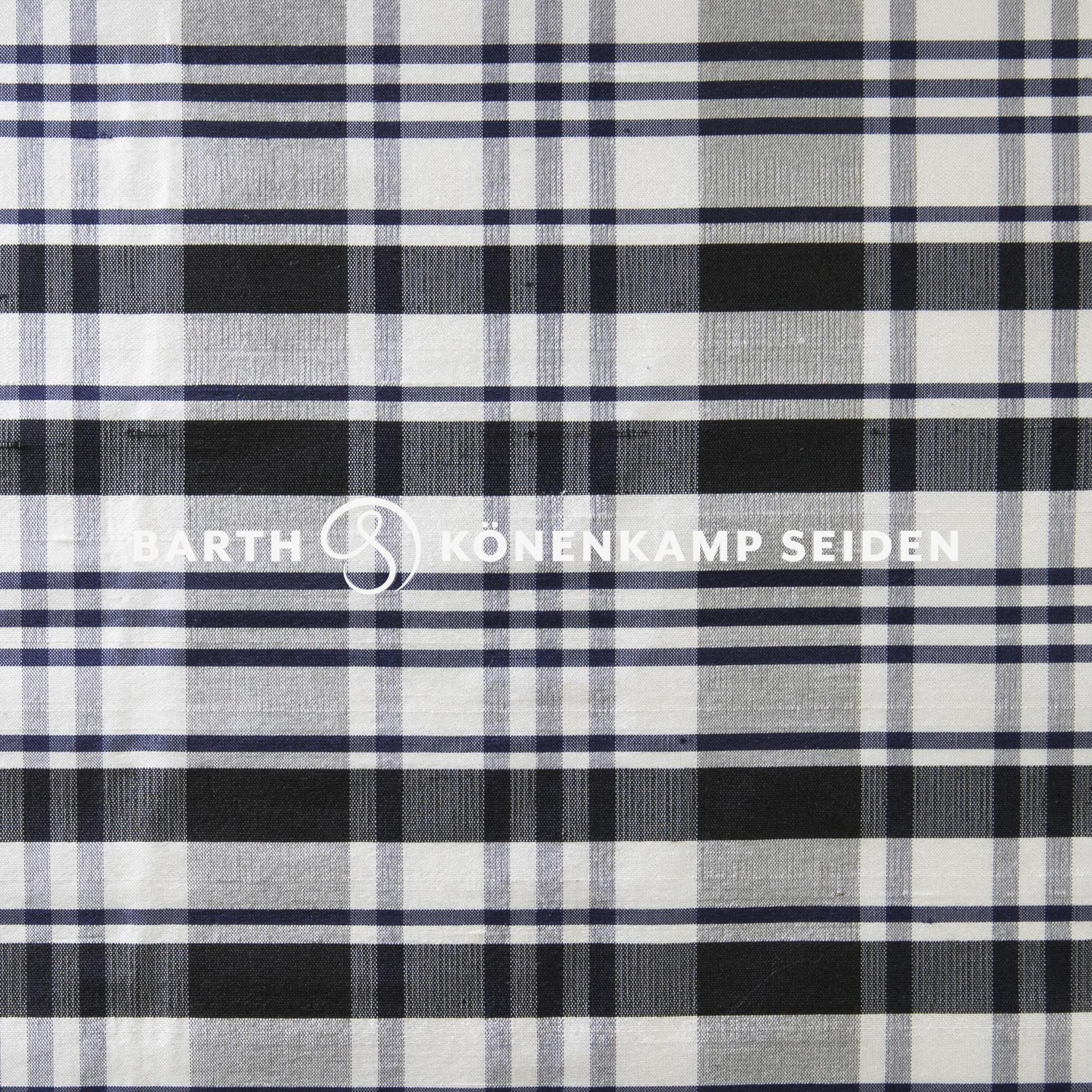 3090B-42 / Doupion silk checked