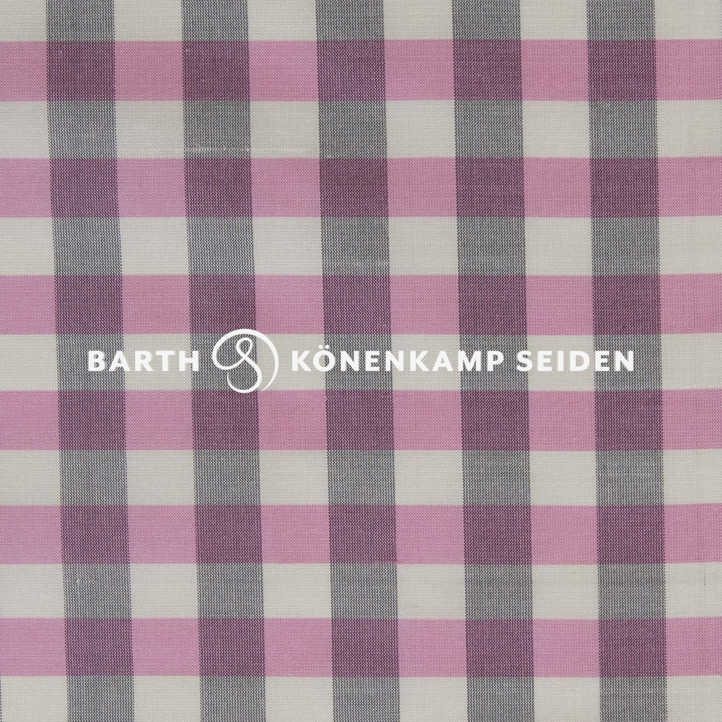3090B-56 / Doupion silk checked