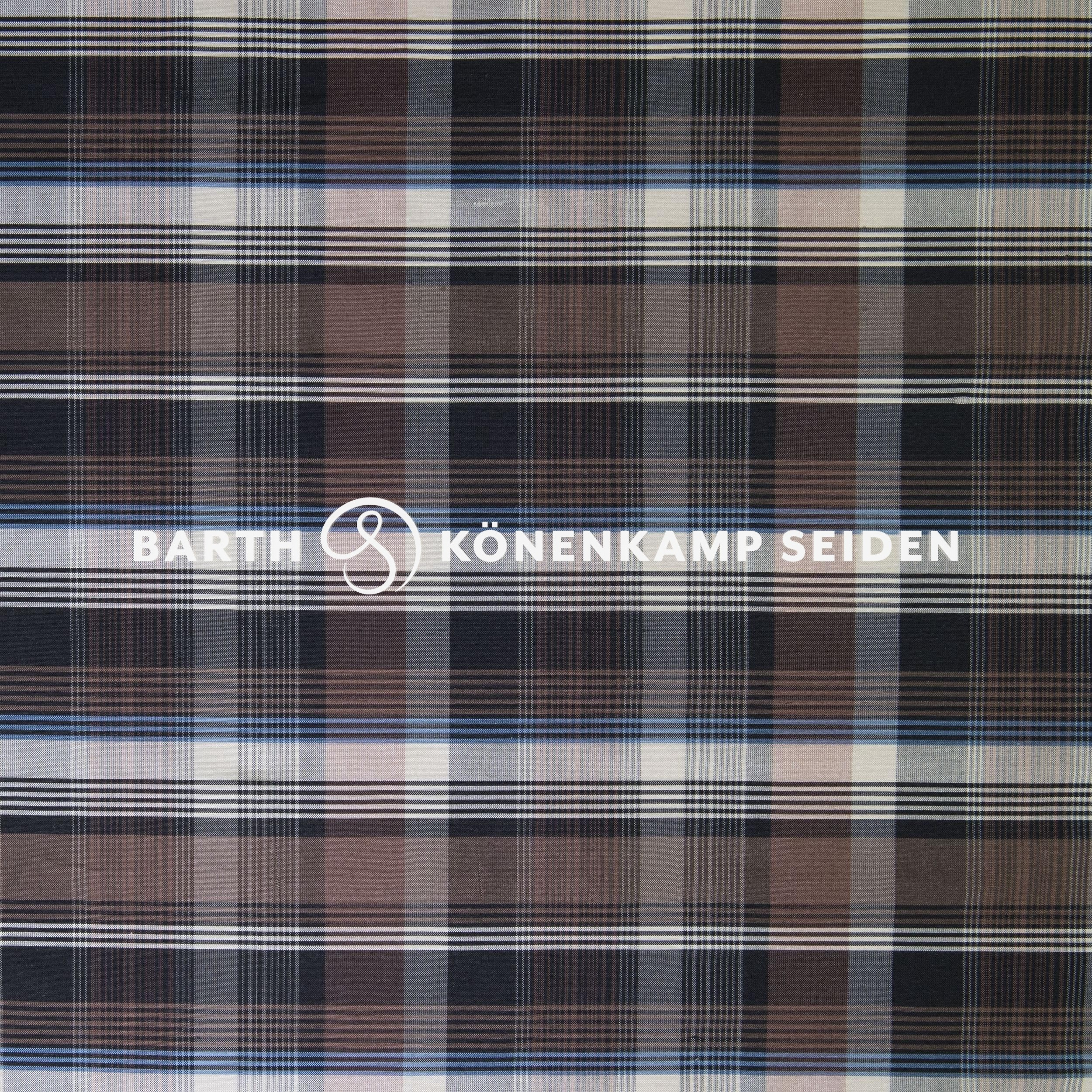 3090B-82 / Doupion silk checked
