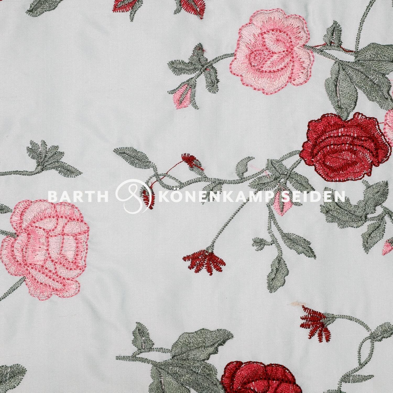 3090F-52 / Doupion silk with flowers