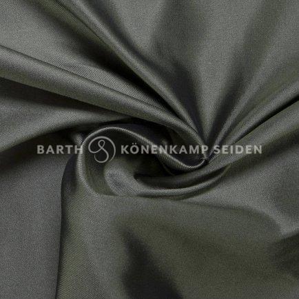 3162-44-seiden-duchesse-schwarzfondig-grün-1