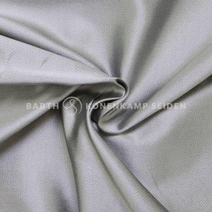 3162-46-seiden-duchesse-schwarzfondig-silber-grau-1